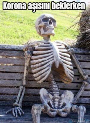 Korona aşısını beklerken
